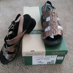 Josef Seibel Sandals Size 40